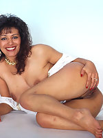 Mature indian masturbating